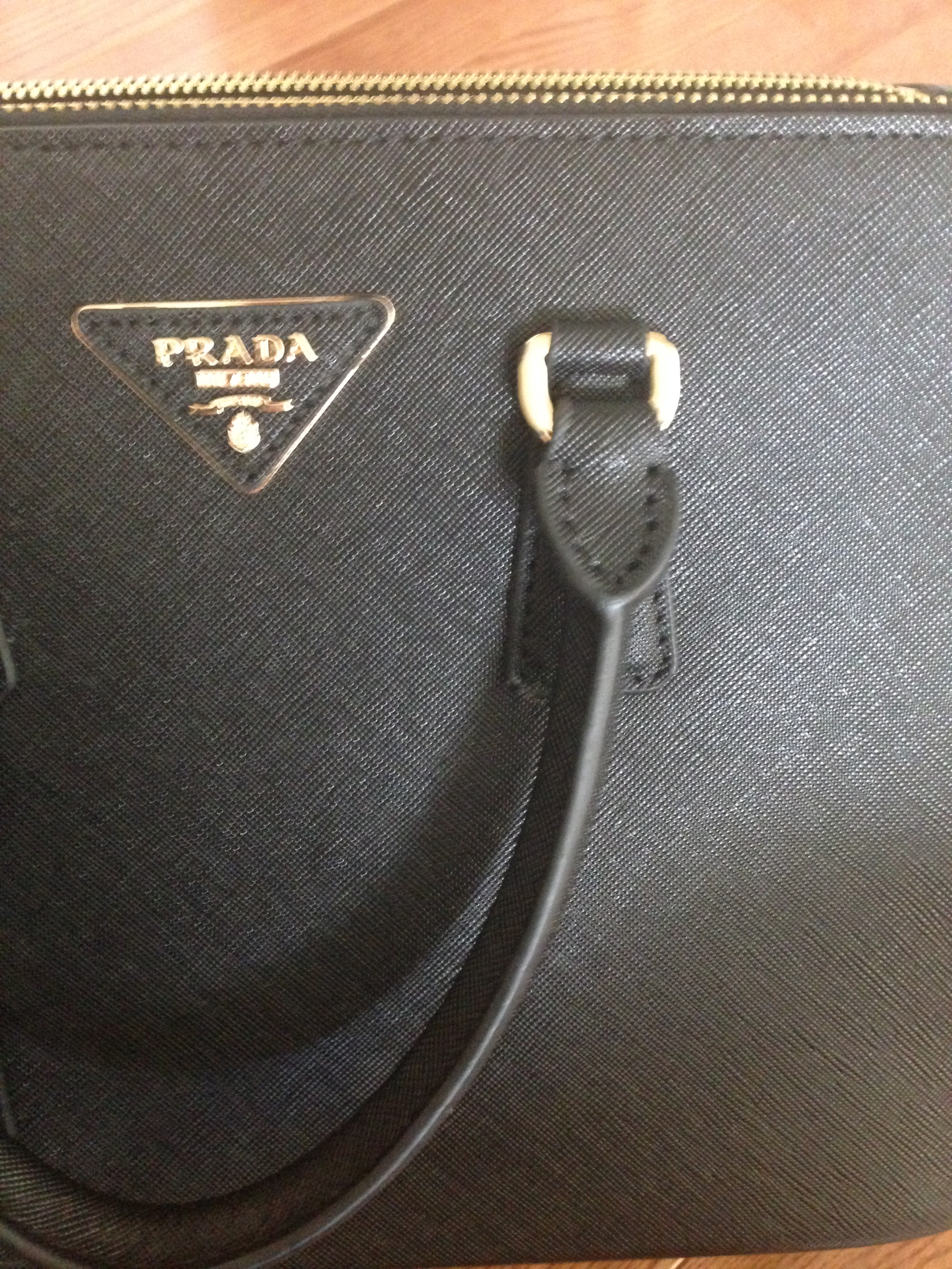 real prada bag vs fake