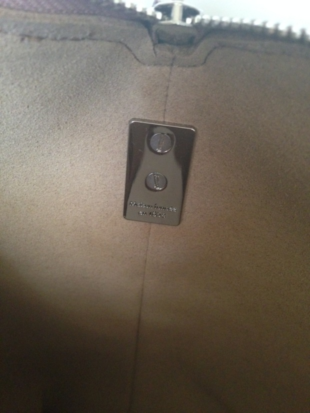 louis vuitton soft lockit beige replica vs authentic fake vs real inside of bag hardware