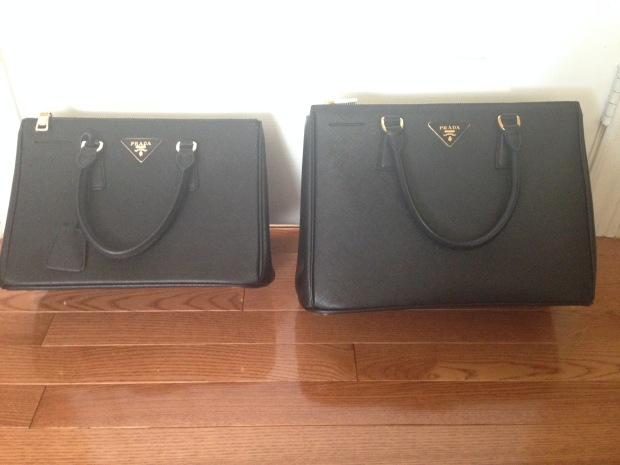 prada handbag saffiano comparison fake vs real